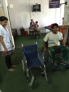 ネパール 病院
